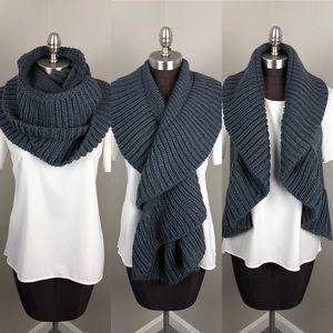 Grey Chunky Knit Infinity Scarf Vest Wrap NWT